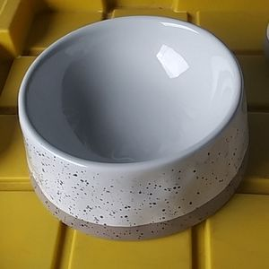 Paw & Tail LG ceramic pet bowl